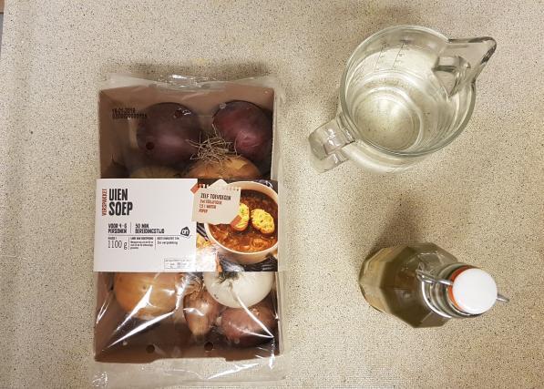 AH verspakket gezonde uiensoep foto