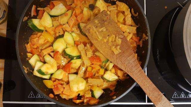 Jumbo verspakket thaise rode curry even doorbakken