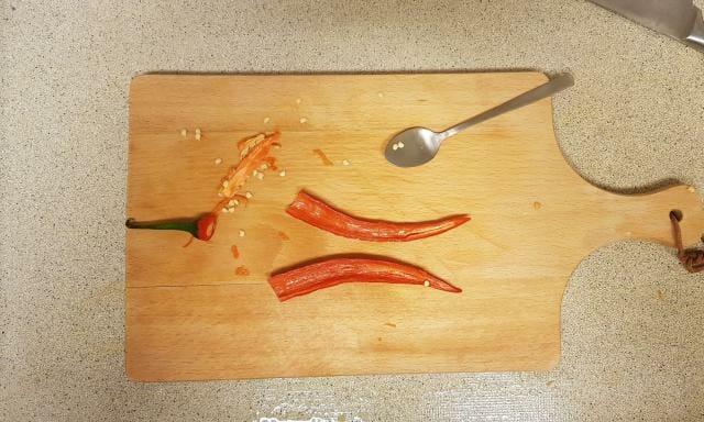 ah verspakket Indiase curry madras rode pepper hakken