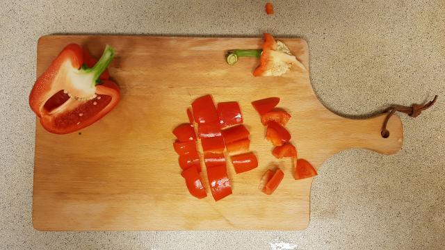 kruidige couscous verspakket lidl rode paprika snijden