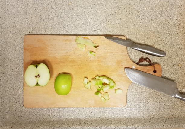 pastinaaksoep ah verspakket appel snijden