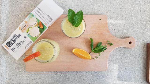 AH verspakket Sinaasappel appel smoothie klaar