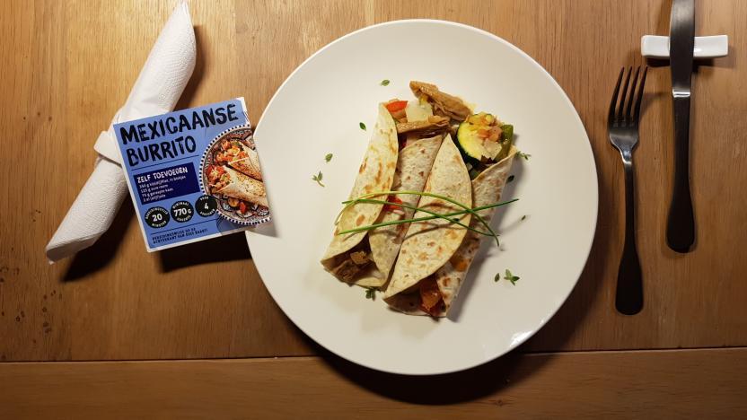 Jumbo verspakket mexicaanse burrito foto vergelijk