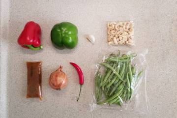 Kip Siam verspakket plus ingrediënten