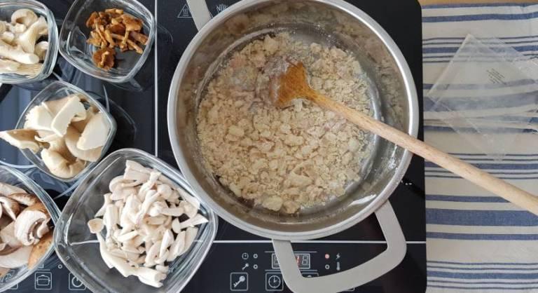 Jumbo soeppakket paddenstoelensoep roux bakken