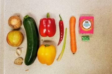 Maaltijdpakket Jumbo Kipkerrie verspakket ingrediënten wassen